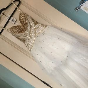 STUNNING high low Sherri Hill prom dress